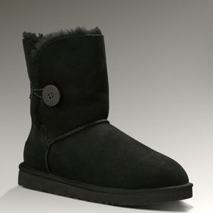 UGG Classic Bailey Button Boots 5803 Black 6